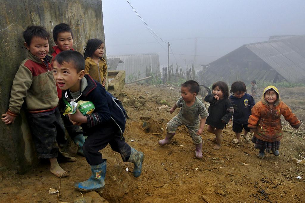 Black Hmong Kids, Sín Chải, Sa Pa