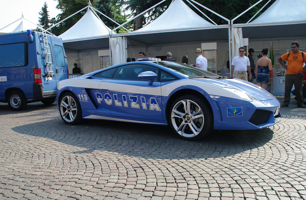 Lamborghini Police Car Seen In Verona Italy Tosh123 Flickr