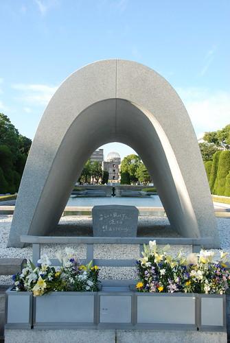Memorial Cenotaph   by Maarten1979