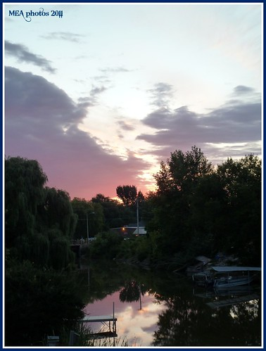sun reflection nature water wisconsin clouds sunrise picnik waterscape waterscene