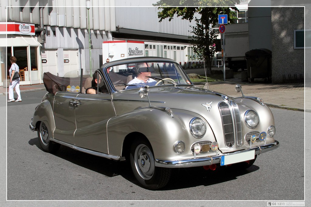 1954 - 1961 BMW 502 (11)   The BMW 501 was a large six ...
