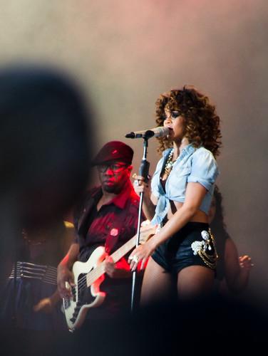 Rihanna @ V Festival 2011 | by NDRYNWA