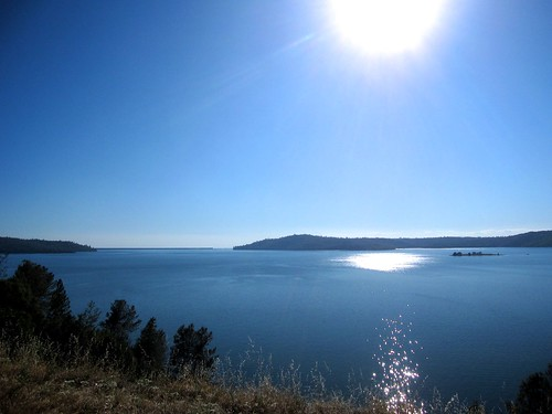 Lake Oroville | by qcom