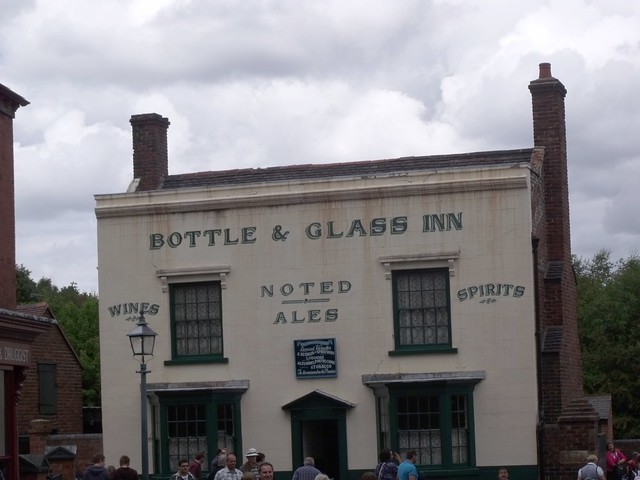 Black Country Living Museum - Bottle & Glass Inn