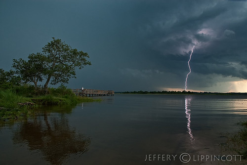 storm river northcarolina lightning wilmington capefear jefferylippincott jeffreylippincott
