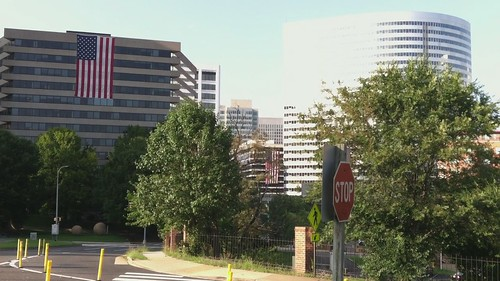 Rosslyn high-rises with American flags (video)