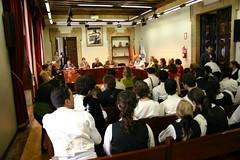 En la casa consistorial la recepción oficial a la comitiva de O Barco de Ourense. Plano general de la sala.