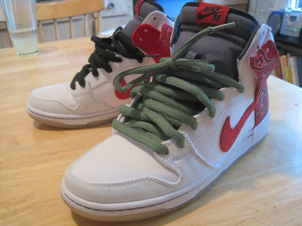 huge discount 1f9e0 3f97c Nike SB Cheech and Chong Dunk High | What color??? should I ...