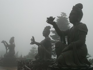 lantau-buddha   by deepwell205