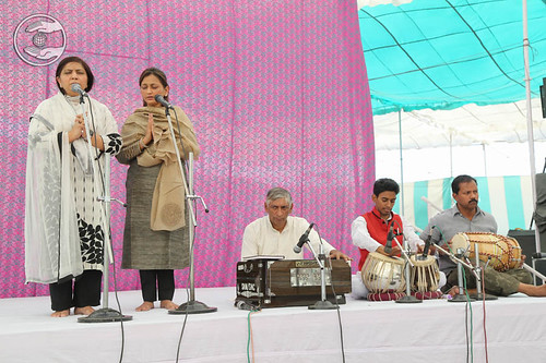Devotees song by Neenu and Saathi from United Kingdom