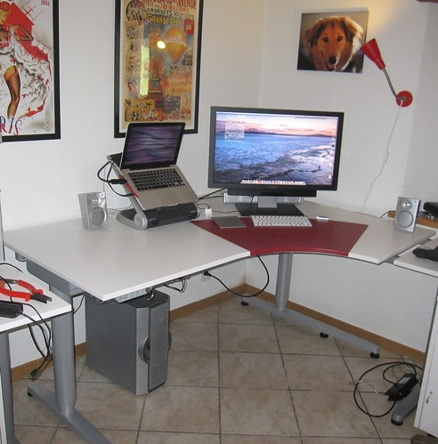 Lowered Desk   by max.andersen