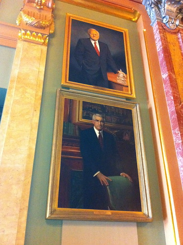 Govs. Ryan & Edgar portraits at IL Capitol | by lvscoop16
