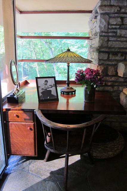 PA - Mill Run: Fallingwater Master Bedroom desk
