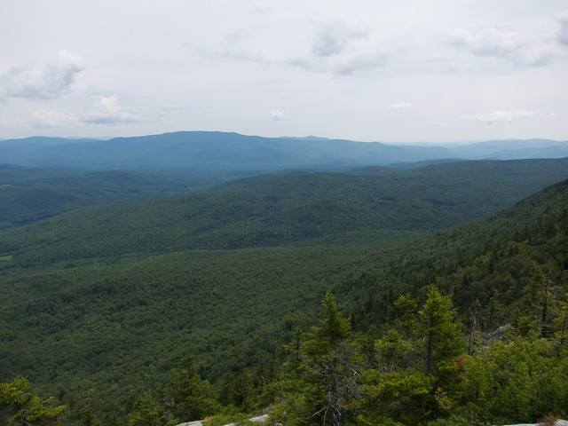 2:59:25 (61%): hiking newhampshire orford mtcube northpeaksidetrail