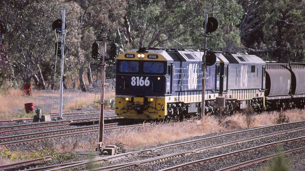 8166 and 8146 at Broadford by michaelgreenhill