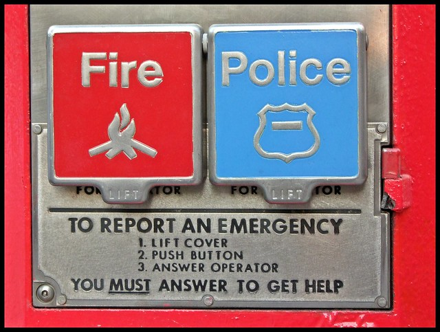FIRE - POLICE 1/2