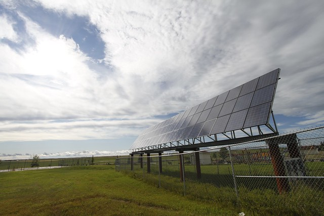 Solar system at water plant in Morrin, Alberta - 02