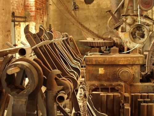 Old Machinery   by pixelchecker