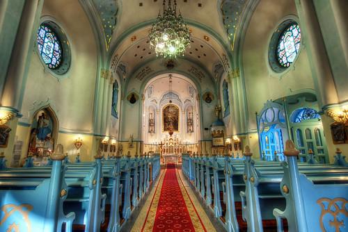 Inside the Church of St. Elisabeth | by Miroslav Petrasko (hdrshooter.com)