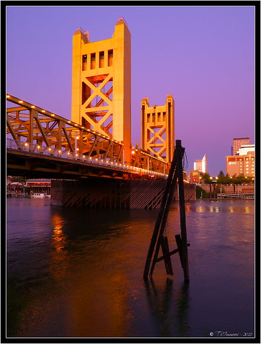 california lighting bridge sunset sky reflection tower towerbridge landscape cityscape postcard scenic landmark historic explore pa valley historical sacramento e3 yolocounty centralvalley sacramentocounty sacramentoriver cokin californialandscape zd nd8 ndgrad zuikodigital p121f olympuse3 918mm