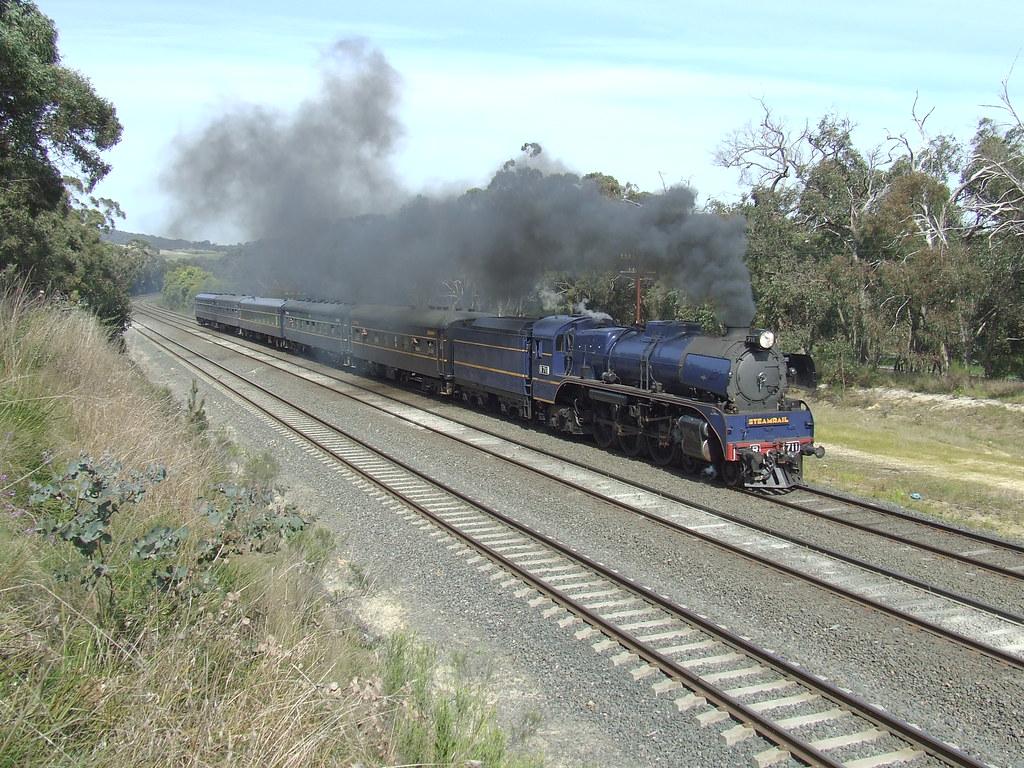 R711 test run to Seymour by gary Baines