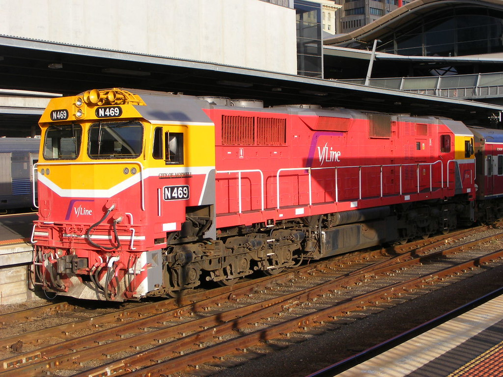 V Line N469 Southern Cross 01.03.10 by Andy Cole