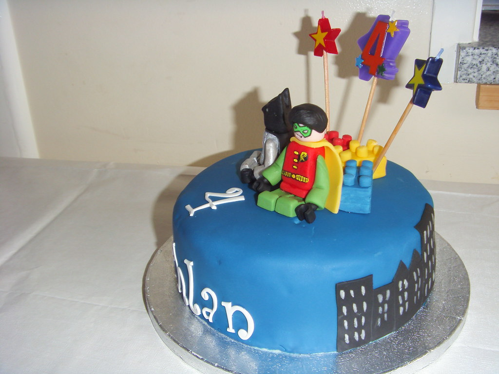 Super Lego Batman And Robin Cake For Lachlans 4Th Birthday Flickr Personalised Birthday Cards Vishlily Jamesorg