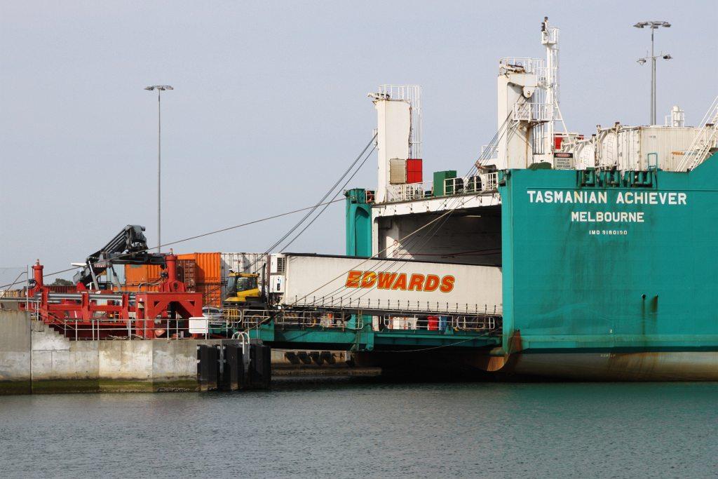 Loading an Edwards semi trailer onto roro vessel 'Tasmania… | Flickr