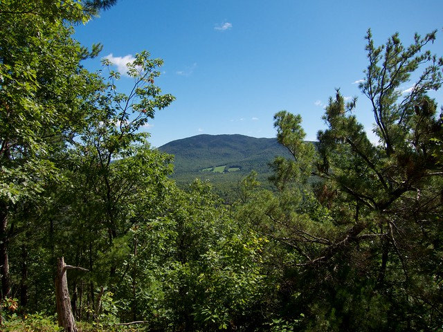 0:36:09 (36%): hiking newhampshire orford mtcube sundaymountain crossrivendelltrail