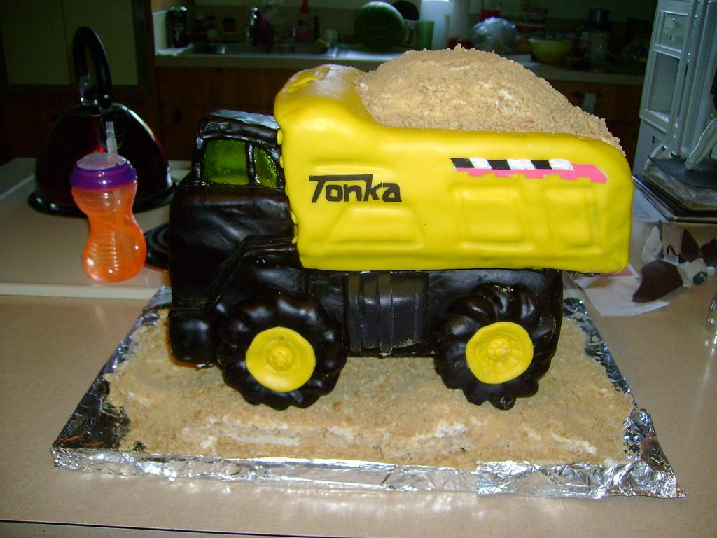 Swell Tonka Truck Cake Fairywild Flickr Funny Birthday Cards Online Necthendildamsfinfo