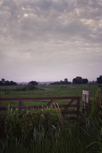 sky clouds rural fence landscape louisiana gate roadside canonefs1022mmf3545usm 22mm mrgreenjeans gaylon joorrd gaylonkeeling