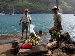 do, 13/05/2010 - 02:59 - 38. fruit wordt gewassen voor het aan boord komt