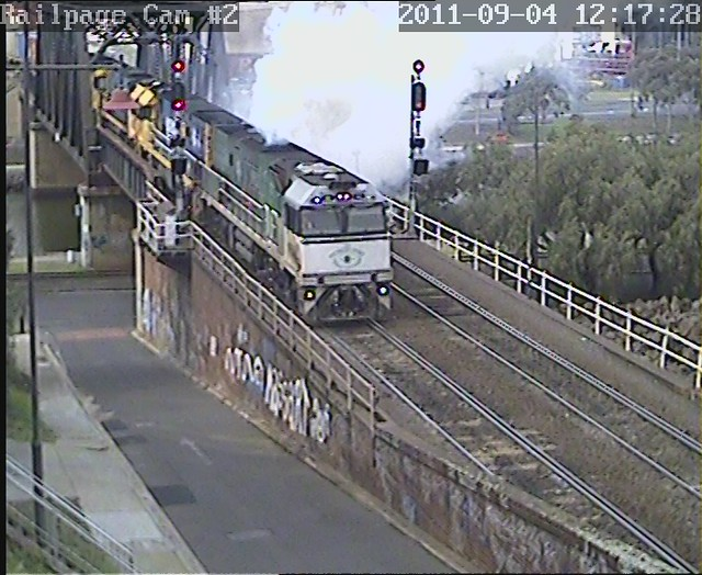 NR84-NR39-NR63-NR24 1MB4(9609) PN Superfreighter to Brisbane 4-9-2011 by Railpage Bunbury Street