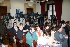 Iniciativa popular que solicita al Foro Ermua que no utilice el nombre de la Vila.Público del pleno.