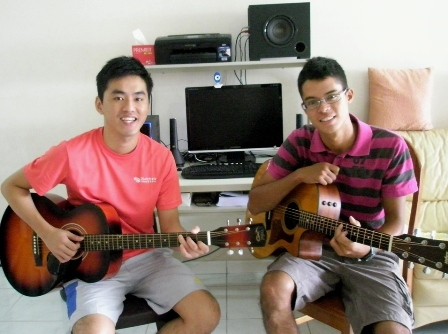 Guitar lessons Singapore Gordon
