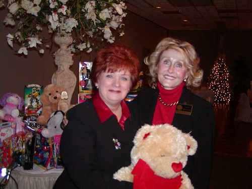 Anita-Gilford-and-Janet-McC | by Elmwood Business Association
