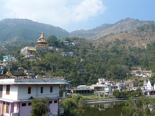 india town village buddhism ilp hinduism sikhism pilgrims himachalpradesh rewalsar theindiatree
