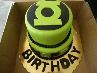 Admirable Green Lantern Cake Chocolate And Yellow With Oreo Filling Funny Birthday Cards Online Amentibdeldamsfinfo