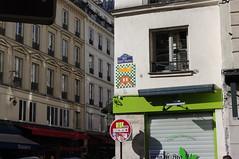 Invader mosaic, Paris