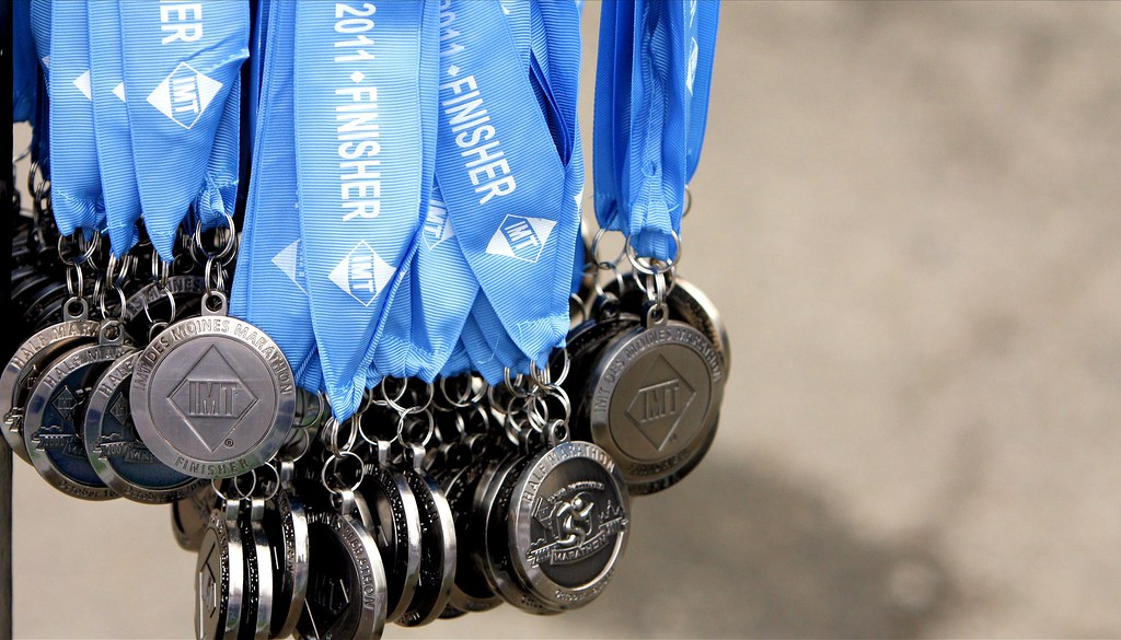 Finisher - 42/52 | Medals awaiting to be handed out to finis… | Flickr