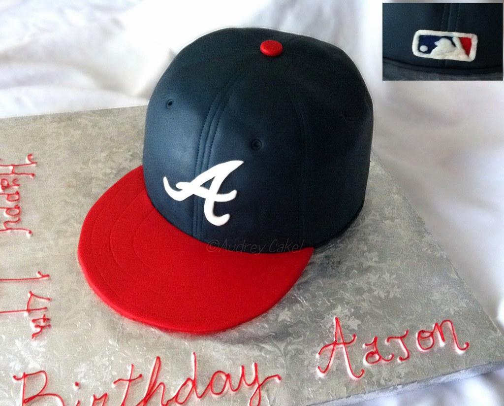 MLB Atlanta Braves Baseball Cap Birthday Cake