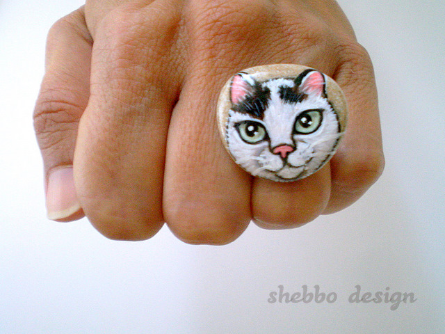 Tas Boyama Kedi Yuzuk Painted Stone Cat Ring Shebbo Design