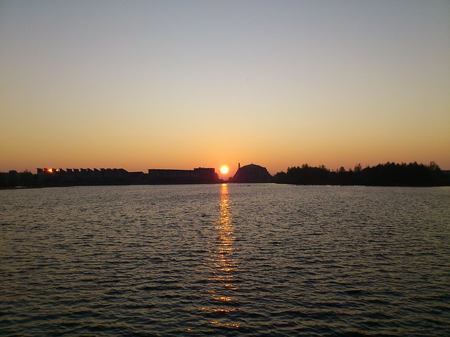 Sunrise at the Rietplas in Houten (The Netherlands)