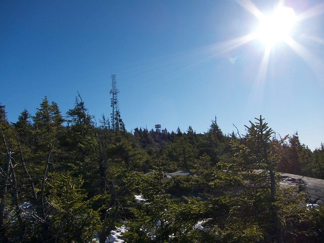 0:48:02 (41%): tower hiking newhampshire lensflare mtkearsarge winslowtrail
