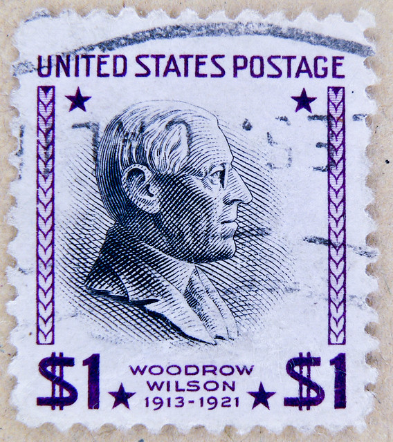 stamp USA $ 1.00 United States of America President Woodrow Wilson 1913 - 1921 $ 1.00 Dollar purple timbre États-Unis u.s. postage почтовая марка США pullar ABD 邮票 美国 Měiguó USA Briefmarken 郵便切手 切手 アメリカ selo Estados Unidos sello USA francobolli USA Stati