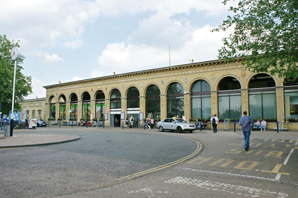 Cambridge railway station