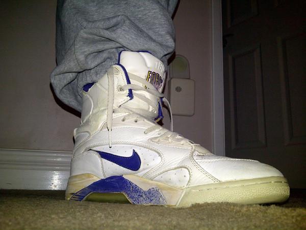 detailed look 99b0f 989e2 1991 Nike Air Force 180 PUMP