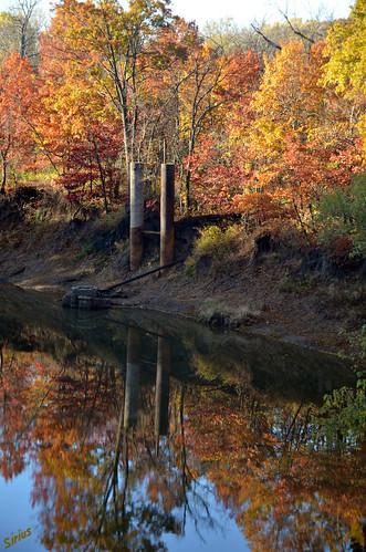 autumn reflection fall oklahoma foliage bartlesville d7000