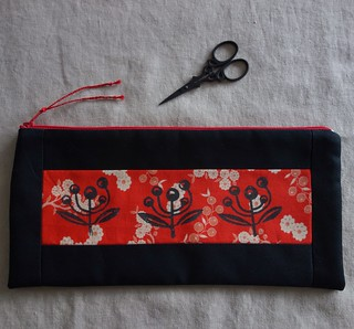 Zip purse made with block printed fabric done at Sewjourn