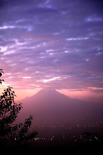 morning clouds sunrise nikond70 rainier washingtonstate mtrainier